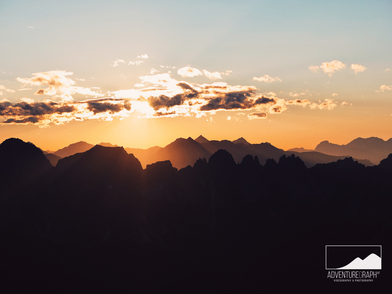 Sonnenuntergang in Tirol, Österreich.